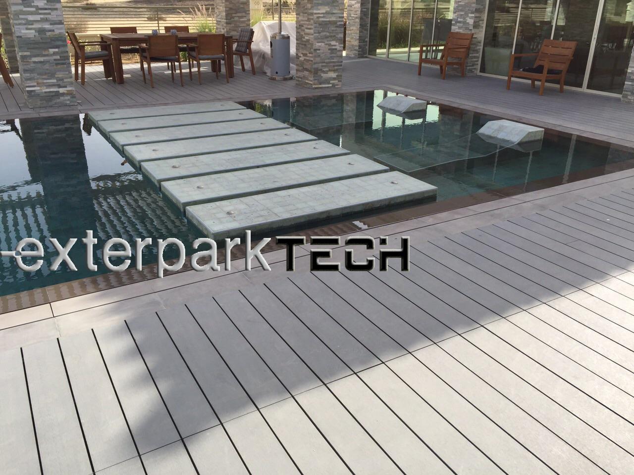 Exterpark Tech Plus Pizarra in United Arab Emirates